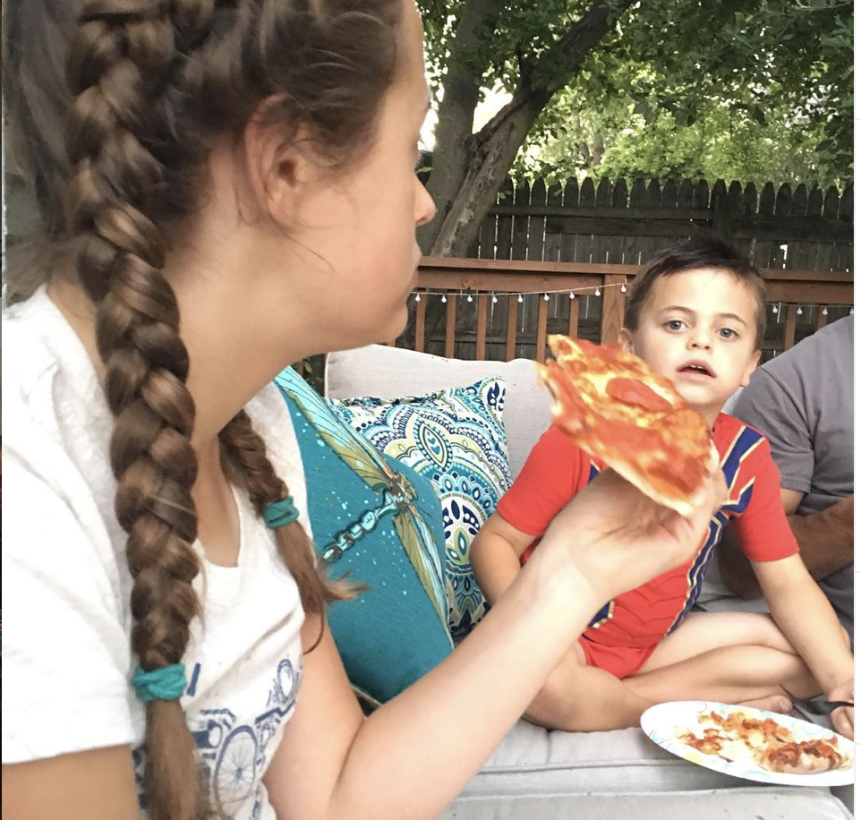 Pizza as big as your Face